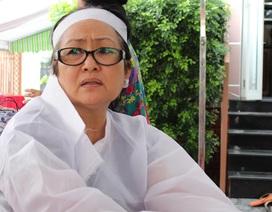 Người vợ tận tâm gần 40 năm bên cạnh NSƯT Thanh Sang