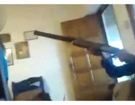 Kinh hãi khoảnh khắc bé trai vô tình bắn chết bé gái khi đang trực tiếp trên Facebook