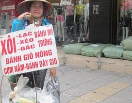 Những nghề bán rong kiếm cả chục triệu mỗi tháng ở Hà Nội