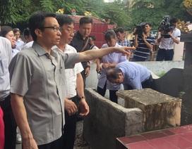 Phó thủ tướng Vũ Đức Đam thị sát tâm dịch sốt xuất huyết tại Hà Nội