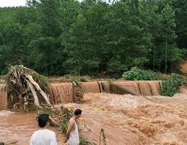 Hình ảnh lũ lớn chia cắt nhiều vùng ở Quảng Ninh