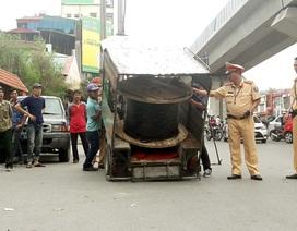 Hàng loạt xe ba bánh bị CSGT Hà Nội xử lý