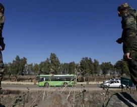 Phiến quân ở Homs đầu hàng quân đội Syria