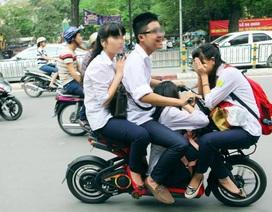 """Xe điện là """"tội đồ"""" gây ra tai nạn giao thông đối với học sinh?"""