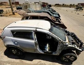 """Bên trong """"nghĩa địa"""" xe đánh bom liều chết của IS"""