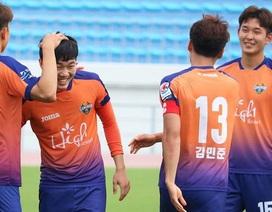 Xuân Trường lần đầu đá chính, Gangwon bại trận ở cúp FA Hàn Quốc