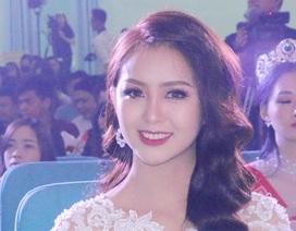 Hoa khôi Nam Bộ rạng rỡ làm giám khảo cuộc thi tài sắc ĐH Nam Cần Thơ