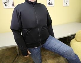Hy hữu giáo viên tiểu học phải mặc áo chống đạn tới lớp