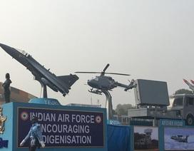 Ấn Độ phô diễn sức mạnh trong lễ diễu hành