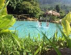 """Dân phượt phát """"sốt"""" với suối nước nóng đẹp như tiên cảnh ở Yên Bái"""