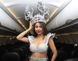 Người mẫu lên tiếng xin lỗi sau scandal mặc phản cảm đón U23 Việt Nam