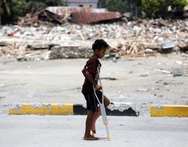 Động đất/sóng thần Indonesia: Hơn 2.000 người đã chết, Palu đi qua những ngày đau thương