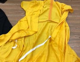Dở khóc dở cười khi đặt mua online bộ đồ ngủ, nhận được áo cà sa