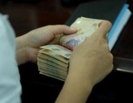 """Lãi suất VND """"vọt tăng"""", nhà điều hành bơm 24.400 tỷ đồng"""
