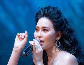 Nhật Huyền nghẹn ngào kể lại quá khứ rửa bát thuê kiếm tiền học nhạc