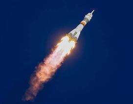 Khoảnh khắc tàu vũ trụ Soyuz gặp sự cố, phi hành gia thoát chết trong gang tấc