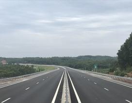 Cao tốc Đà Nẵng - Quảng Ngãi đoạn do nhà thầu Trung Quốc thi công bị thấm nước