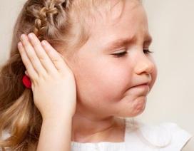 Trẻ nhỏ dễ bị viêm tai giữa: chuyên gia giải đáp nguyên nhân