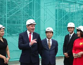 Huyền thoại Manchester United thăm quan dự án King Palace
