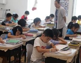 Tầng lớp trung lưu Trung Quốc không tiếc tiền đầu tư học hành cho con