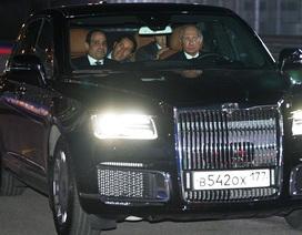 Tổng thống Putin lái siêu xe chở Tổng thống Ai Cập thăm đường đua Công thức 1