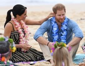 """""""Tan chảy"""" với những khoảnh khắc ngọt ngào của vợ chồng hoàng tử Harry"""