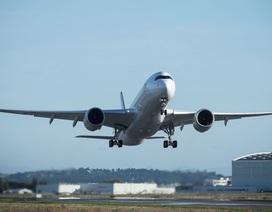Bên trong máy bay thương mại thực hiện chuyến bay dài kỷ lục 19 giờ