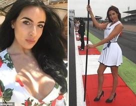 Người mẫu phất cờ tại giải đua Công thức 1 qua đời vì tai nạn xe hơi