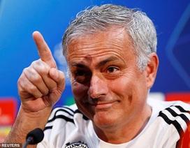 """HLV Mourinho lên tiếng về tin đồn bị """"làm phản"""""""