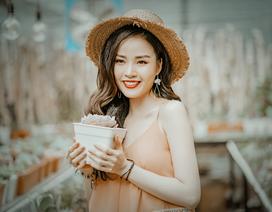 Hoa khôi Vũ Thanh Tú tươi tắn đón sinh nhật
