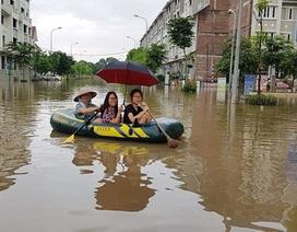 """Hà Nội """"giải cứu"""" khu đô thị hễ mưa là ngập ở đường Lê Trọng Tấn"""
