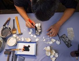 """Rộ mốt dùng ốp điện thoại làm bằng sơn mài, dát vàng và """"tô điểm"""" thêm vỏ trứng"""
