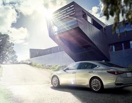 Lexus ES thế hệ mới ra mắt tại Nhật không có gương cửa