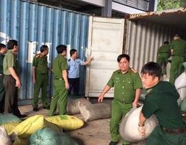 Biểu dương lực lượng phá vụ vận chuyển ngà voi, vảy tê tê