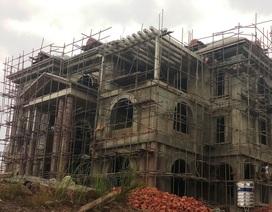 """Công trình """"khủng"""" mọc trái phép trong Khu kinh tế Nghi Sơn"""
