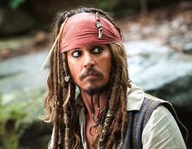 """Tài tử Johnny Depp mãi vẫn chưa hết... """"đen""""?"""
