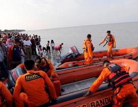 Lãnh đạo Việt Nam thăm hỏi Indonesia vụ máy bay đâm xuống biển