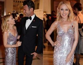 Kylie Minogue duyên dáng bên người tình kém 7 tuổi