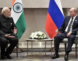 """Thế """"tiến thoái lưỡng nan"""" của Mỹ trước thương vụ vũ khí tỷ """"đô"""" giữa Nga-Ấn"""