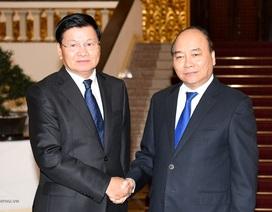 Thủ tướng cảm ơn người đồng cấp Lào đến Việt Nam viếng nguyên Tổng Bí thư Đỗ Mười