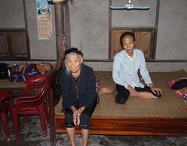 Mẹ già 85 tuổi còng lưng nuôi chồng, con bệnh nặng