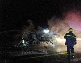 Cháy xe bồn, hơn 30 tấn mủ cao su bị thiêu rụi