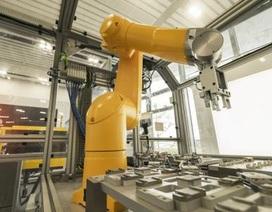 """AI và robot sẽ tạo ra nhiều việc làm hơn là """"cướp đi"""""""