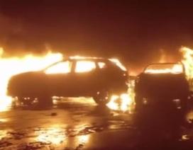 Hàng trăm xe Maserati cháy trơ khung tại Italy, lỡ hẹn xuất khẩu