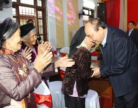 Thủ tướng dự Ngày hội Đại đoàn kết toàn dân tộc tại huyện vừa đạt nông thôn mới
