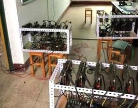 """Hiệu trưởng trường học Trung Quốc bị cách chức vì lén lút """"đào"""" tiền ảo"""