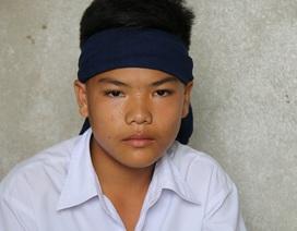 Cậu bé lớp 7 nợ 40 triệu đồng sau khi bố mẹ mất vì ung thư
