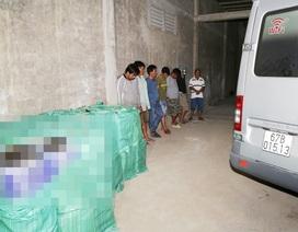 Bắt quả tang 6 đối tượng vận chuyển hơn 2.000 cây thuốc lá ngoại nhập lậu