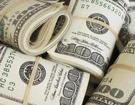Bỏ 600 bảng Anh (18 triệu đồng) mua két sắt cũ, về phá khóa mới biết bên trong đựng 615 triệu đồng