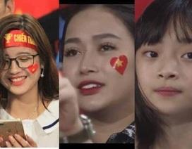 """Cổ động viên xinh đẹp liên tục """"lên sóng"""" trực tiếp trận Việt Nam - Malaysia"""
